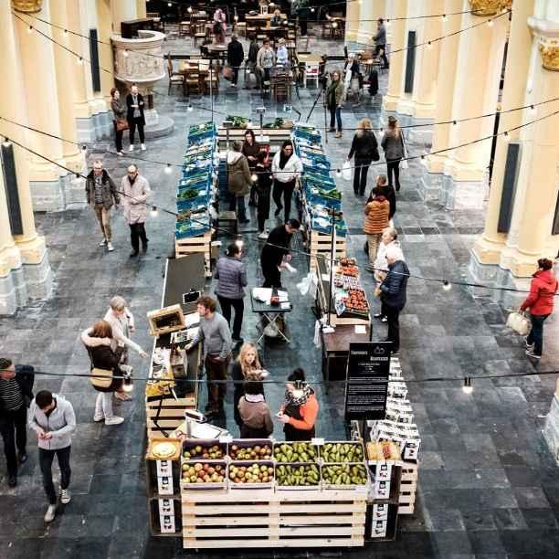 Lokaal, quand faire le marché à l'église devient un plaisir