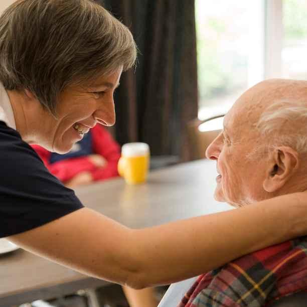 Le vieillissement de la population: des défis et des solutions