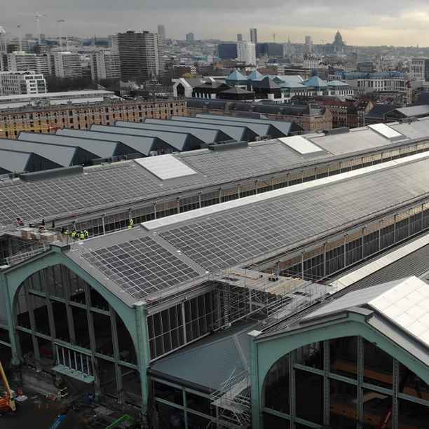 Triodos Bank financiert grootste zonnepark in Brusselse Gewest - op dak Gare Maritime